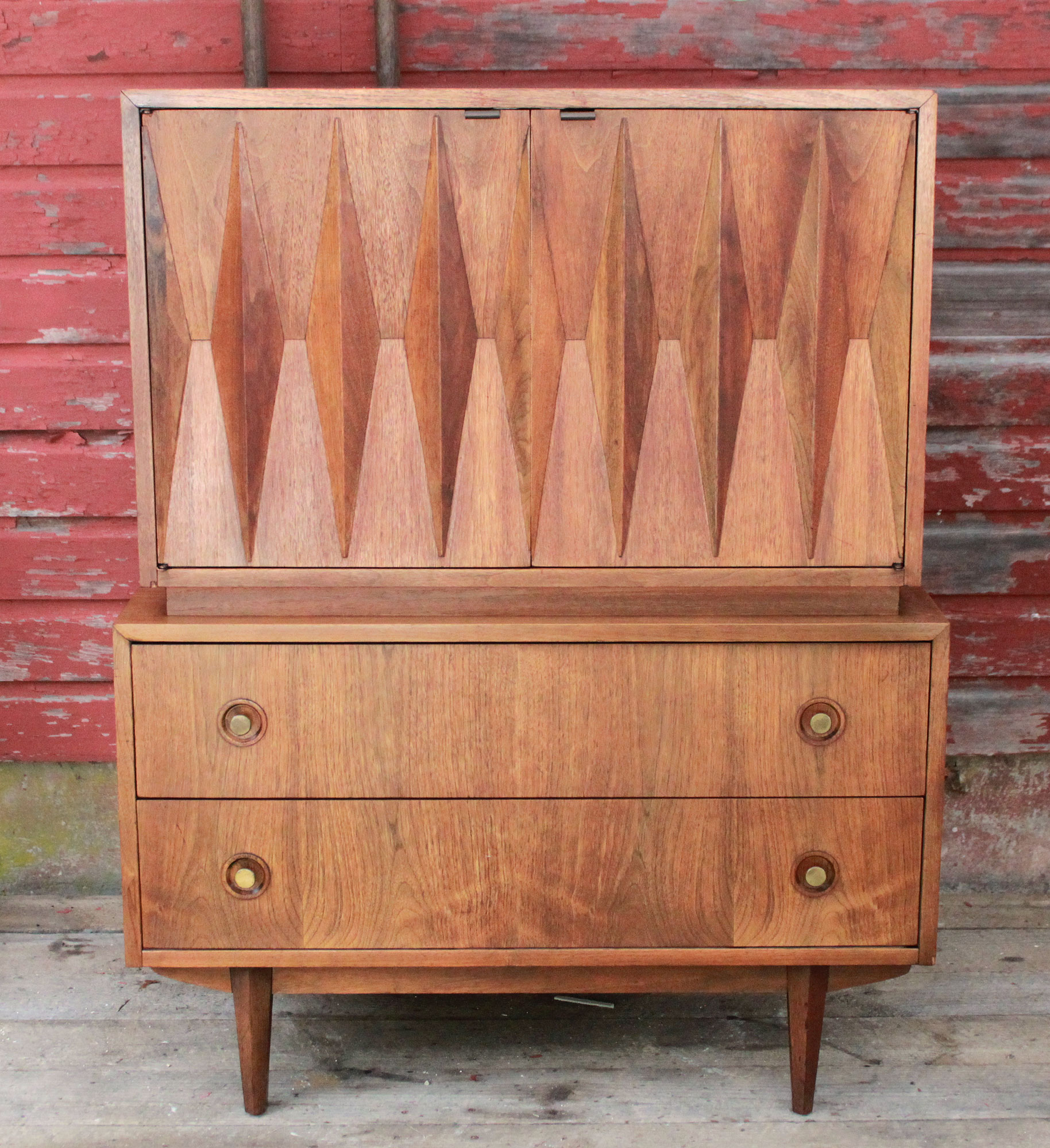 Albert Parvin For American Of Martinsville Diamond Front Dresser