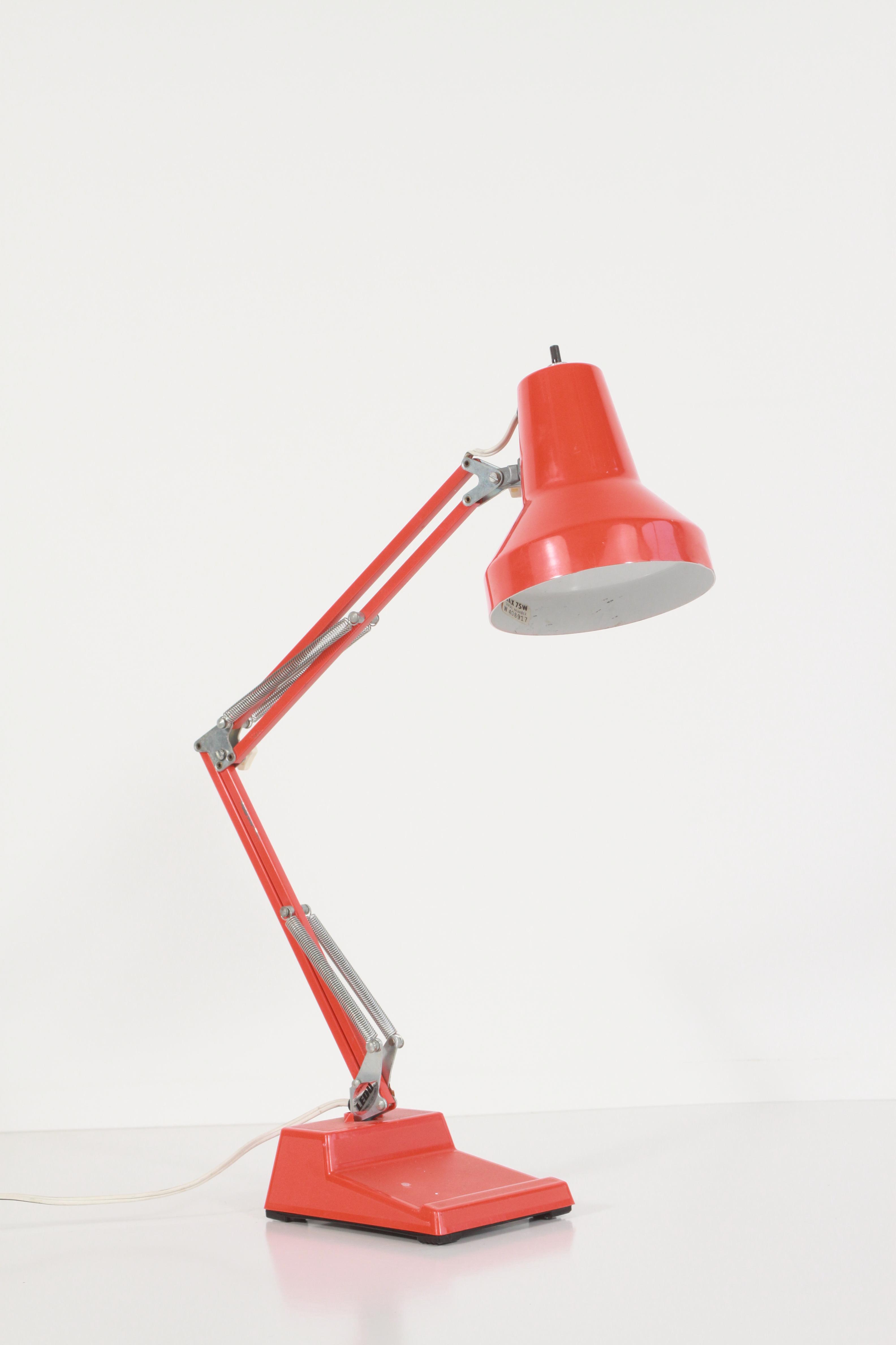 Image of: Mid Century Modern Orange Desk Lamp Atomic Flat