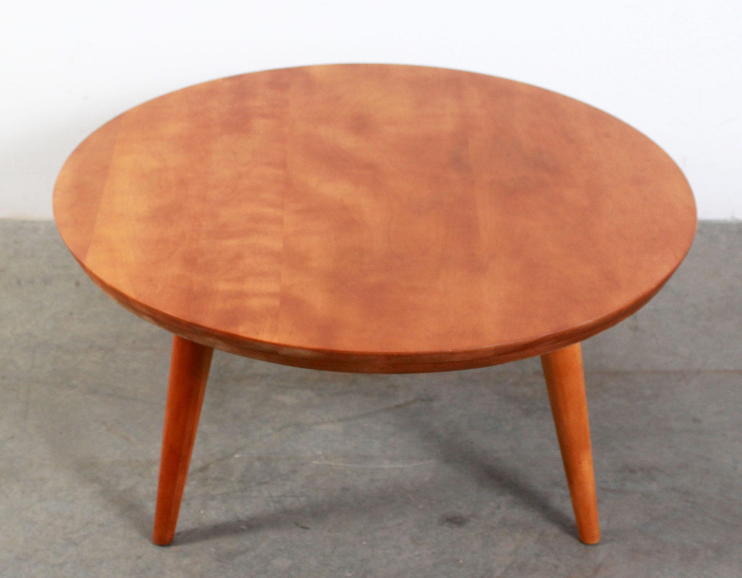 Mid Century Modern Russel Wright For Conant Ball Solid Maple Round Coffee Table Atomic Flat